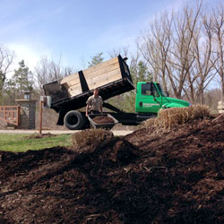 Grand Rapids Mulch Delivery And Installation